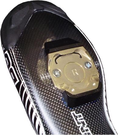 Coombe Millennium II cleats feature integrated walking pads.